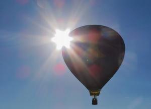 Blue Moon hot air balloon pilot Roy Walz photo by Cheyenne MacMasters