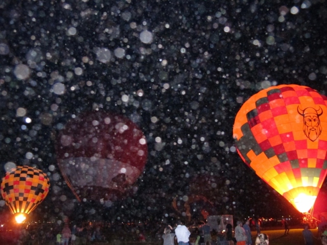 hot_air-balloon_orbs_6_cheyenne_macmasters-800x600