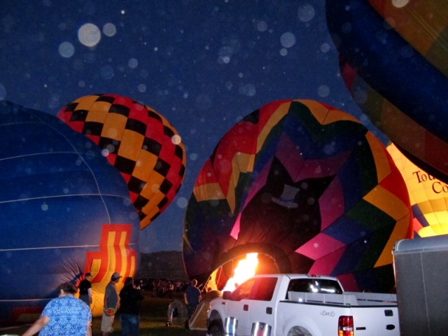 hot_air_balloon_orbs_2_cheyenne_macmasters-800x600