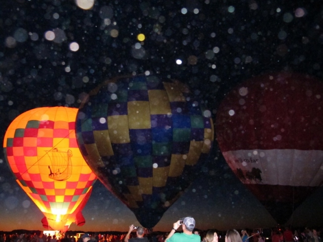 hot_air_balloon_orbs_5_cheyenne_macmasters-800x600