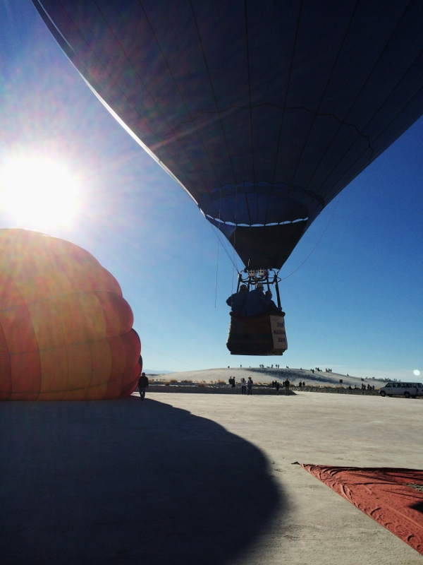 white_sands_hot_air_balloons_e_cheyenne_macmasters-600x800