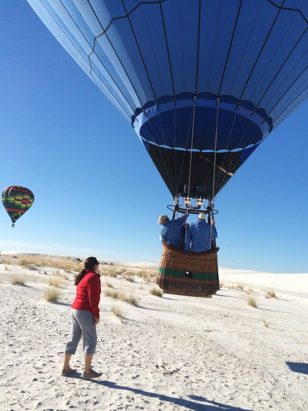 white_sands_hot_air_balloons_i_cheyenne_macmasters-600x800