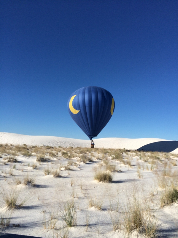 white_sands_hot_air_balloons_k_cheyenne_macmasters-600x800